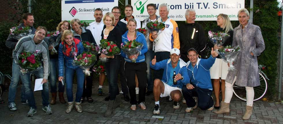 Het meest gezellige tennistoernooi van Friesland en omgeving! Het Smashtoernooi!