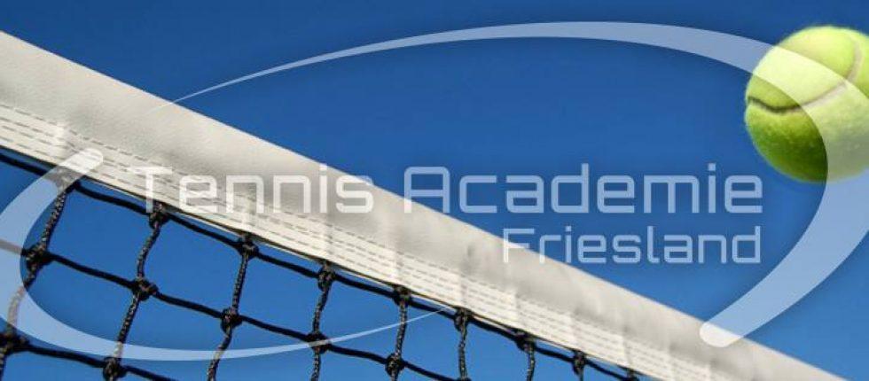 Volg tennislessen bij TV Smash, verzorgd door Tennis Academie Friesland